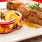 Апетитно свинско с екзотична гарнитура