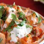 Печени картофи с домати и лук