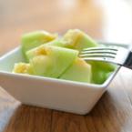 Плодова салата от пъпеш