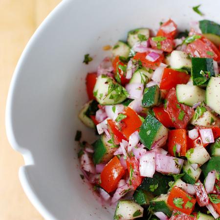 Large salata tri sezona