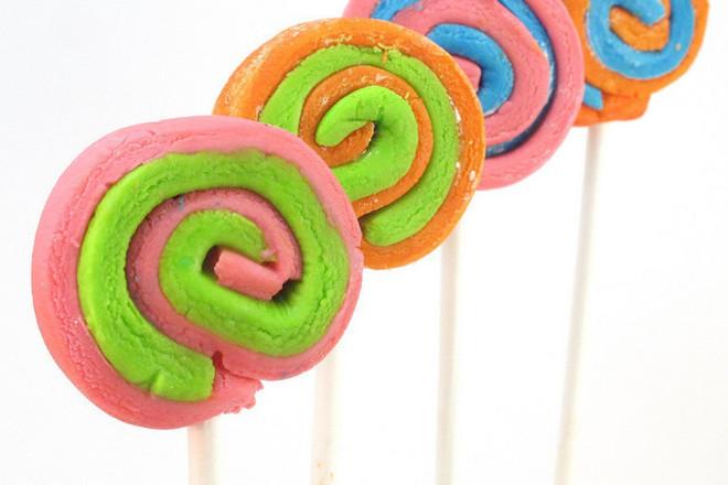 Захарни близалки