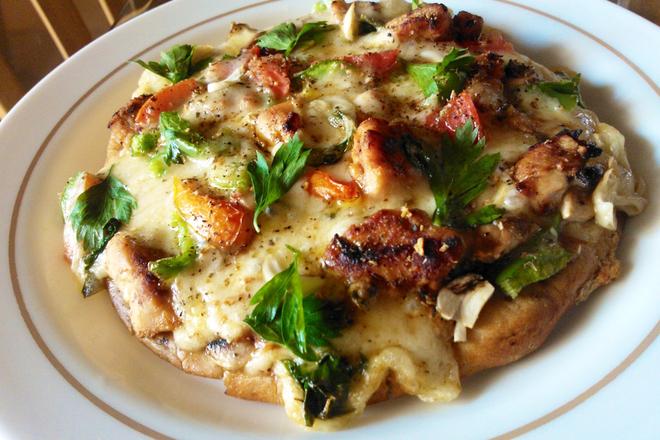 Пица с пиле