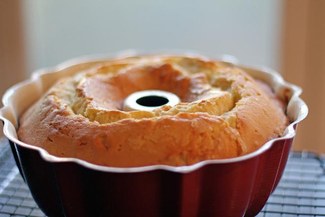 Солен кекс с наденица