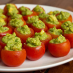 Пълнени домати с гуакамоле