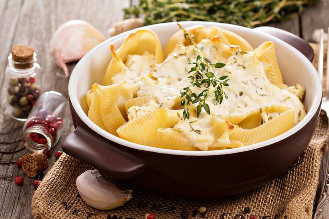 Печени макарони със сирене
