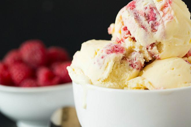 Сладолед с малини