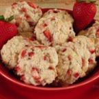 Бисквити с овесени ядки и ягоди