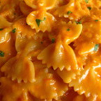 Паста с доматено-сметанов сос