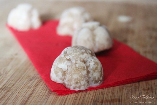 Веган бонбони с кокосово мляко