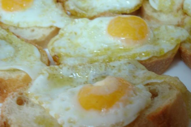 Сандвичи с пържени яйца