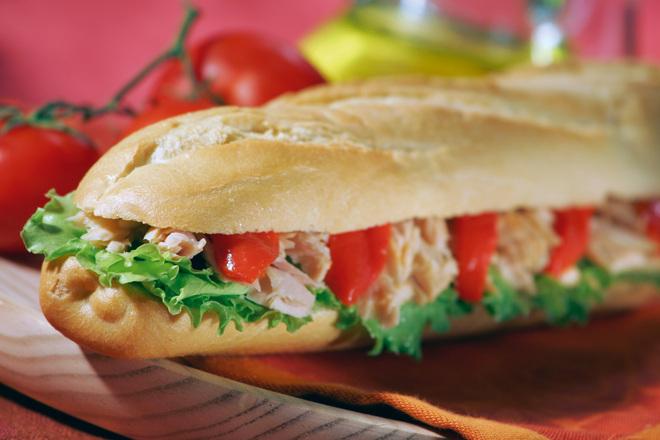 Франзела сандвич с риба тон