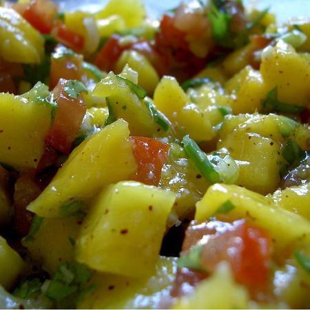 Large salata ot vareni kartofi