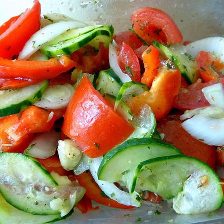 Large studena salata