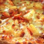Пица с ананас и моцарела