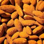 Бадемът, полезен източник на мазнини