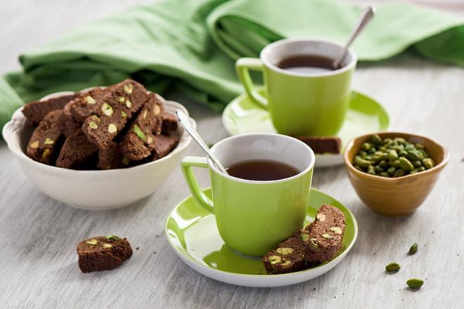 Чаша черен чай на ден подмладява и премахва стреса
