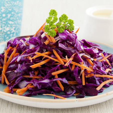 Large salata ot cherveno zele s morkovi