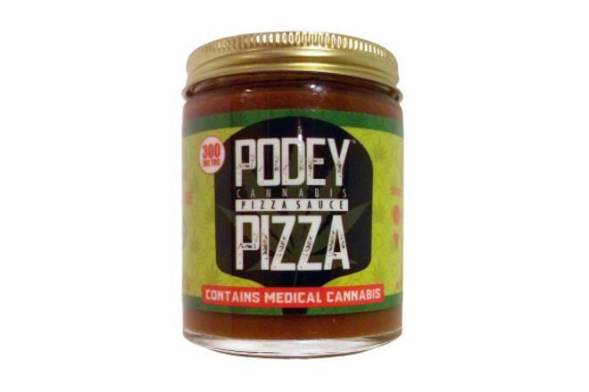 Създадоха сос за пица с марихуана