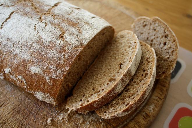 Хляб с брашно от рожков