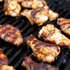 Пилешки крилца на барбекю