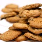 Мини бисквитки с шоколад и фъстъчено масло