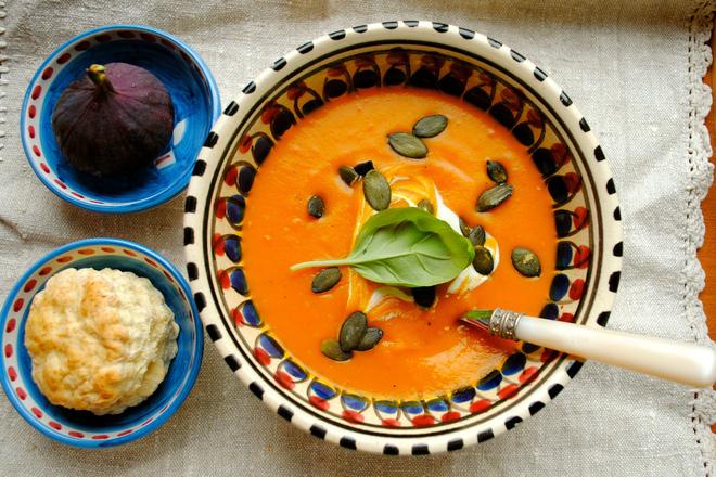 Крем супа от тиква със смокини