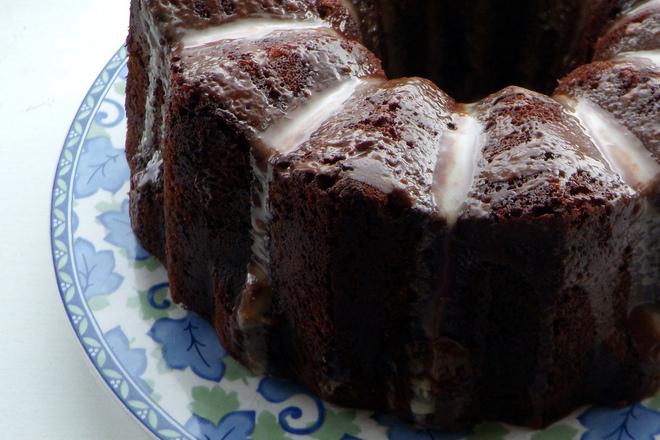 Шоколадов кекс с маслена глазура