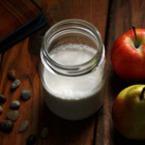 Бадемово мляко с канела