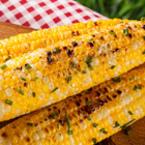 Печена царевица с масло и зелен лук
