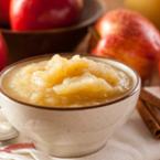Пюре от ябълки с канела