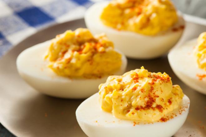 Пълнени яйца с шафран