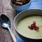 Крем супа от броколи с топено сирене