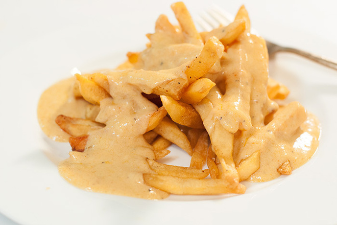 Пържени картофи с риган и сирене Чедър