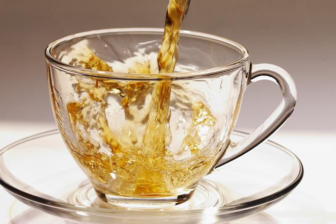 Чай от златовръх в помощ при депресия