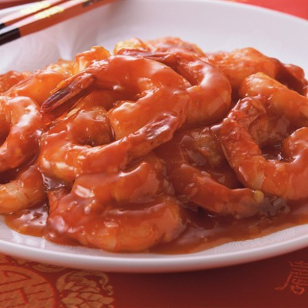 Large skaridi v domaten sos s chesan