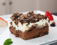 Бисквитена торта с шоколад, маскарпоне и плодове