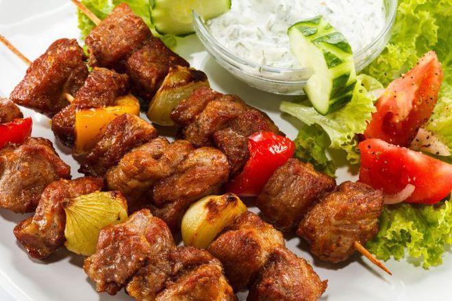 Шишчета от свинско месо с ракия