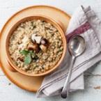 Гъби с ориз, лук и магданоз
