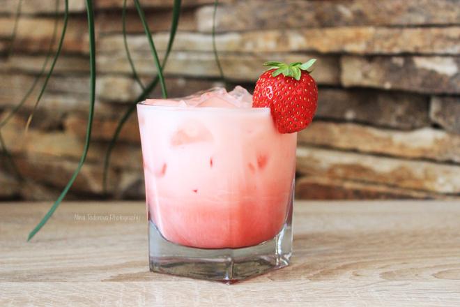 "Коктейл ""Cheesecake Strawberry"""