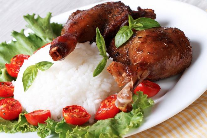 Пилешки бутчета със захар и босилек