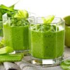 Смути от зелени ябълки със селъри и мака