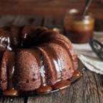 Шоколадов кекс с карамелена глазура