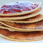 Вкусно у дома с Green Master: Мини палачинки с кисело мляко