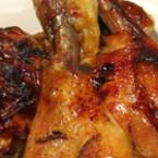 Печени пилешки бутчета с мед и масло