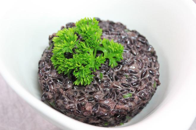 Черен ориз за гарнитура