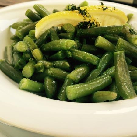 Large salata zelen fasul