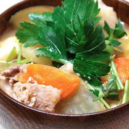 Large miso supa sas svinsko i zelenchutsi