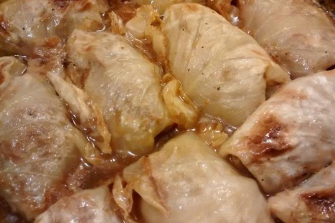 Запечени зелеви сарми с кълцано месо
