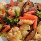 Скариди с ориз и зеленчуци