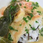 Дългозърнест ориз със зелено къри, скариди (или пиле) и кокос